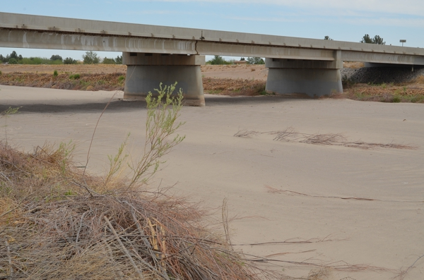 The Rio Grande, completely dry