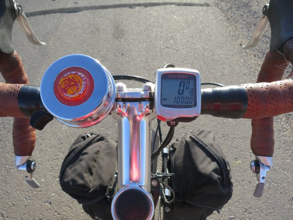 Odometer reading 1000 miles