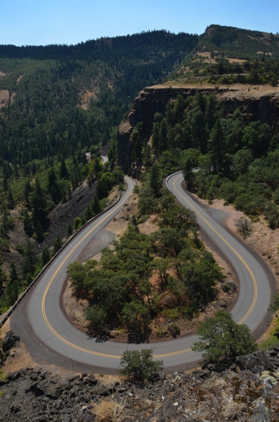 A view from atop the Rowena Crest Viewpoint