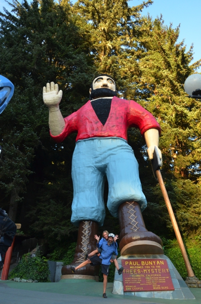 Paul Bunyan welcomes us into Redwood country. Babe the blue ox didn't make it into the photo.
