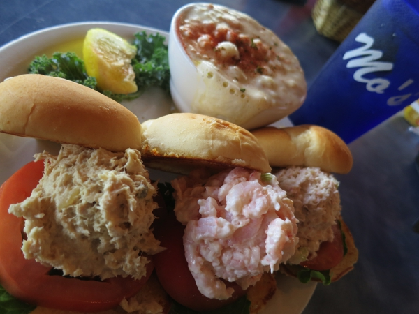 Crab, shrimp and tuna sliders with a bowl of clam chowder at Mo's