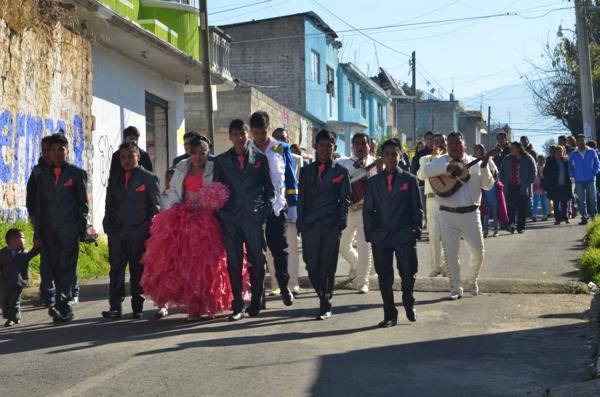 quinceañera procession