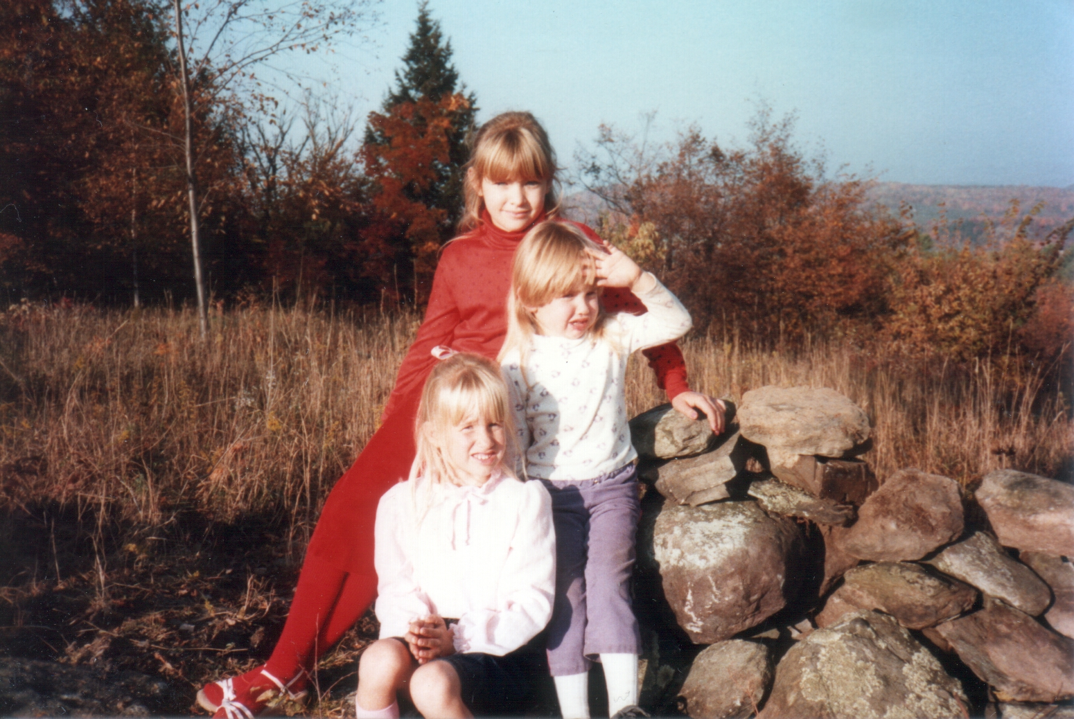 The sisters Jess, Laura, Sarah (top to bottom). Judging by Laura's rockin' mullet, this photo was taken mid 1980s.