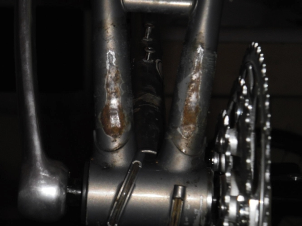 Pletscher damage to bottom of chainstay tubes