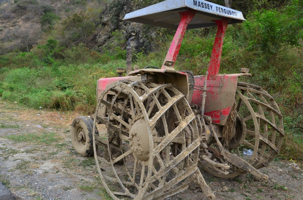 Rice tractor