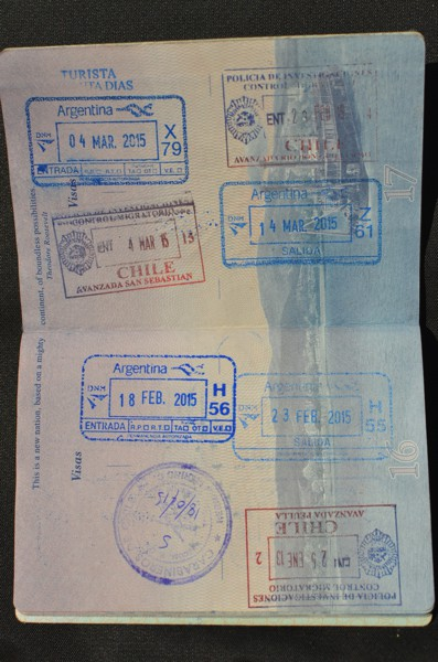 We have quite the collection of Chile and Argentina stamps in our passports. We've entered Chile 4 times and Argentina  3 times. We'll cross back into Chile on our way home.